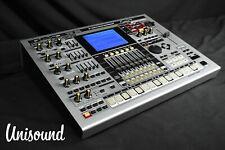 Roland MC-909 Sampler Groovebox IN Sehr Guter Zustand