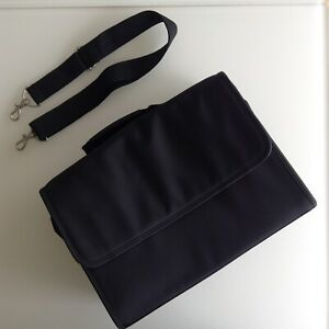 Excellent Make-up Kit Bag For Professional Make-up Artists! Free P&P!