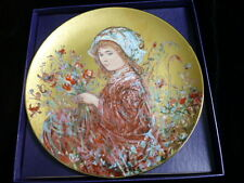 """Edna Hibel Collectors Plate """"Camellia"""" - Flower Girl Series 4th Edition"""