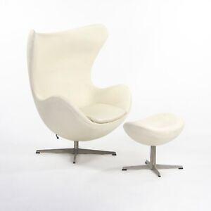 Signed 1998 Arne Jacobsen for Fritz Hansen White Leather Egg Chair with Ottoman