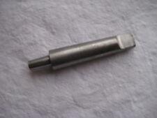 Outil à déterminer  de 9,5cm de long 12mm de large