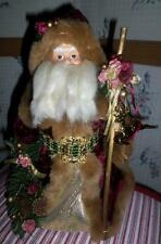 13 inch Resin/Plush Santa w/Staff & Wreath Tree Topper/Window/Curio Display Bc