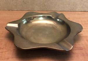 VINTAGE BRASS         Ashtray        Approx. 5 1/2 inches wide