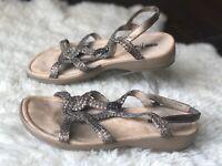 Minnetonka Women's Sz 8 BRZ Bronze Leather Slingback Ankle Strap Sandals