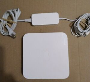 Apple Wireless A1143 AirPort Express Wi-Fi Router Base Station Extreme W CORDS