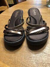 Skechers womens slip on sandal shoes memory foam size 8 Copper Beaded Bling.