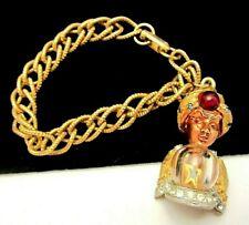 Rara Vintage har en tono dorado con joyas Genie cuelgan pulsera con dijes de bolas de cristal M4