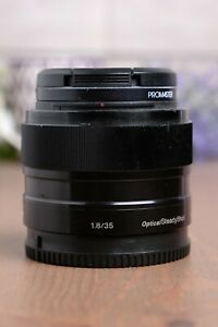 Sony SEL35F18 35mm F/1.8 OSS Lens E mount APS-C w/Caps & UV Filter