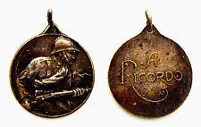 Medaglia A Ricordo Della Guerra Argento Diametro cm 2,1 Peso g 3,6