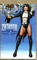 GN/TPB Zatanna - Everyday Magic 2003 nm+ 9.6 Brian Bolland Paul Dini / Mays