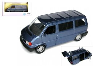 VW Bus T4 - Modell 1:43 - Caravelle - Hellblau-Metallic - original VW - NEU