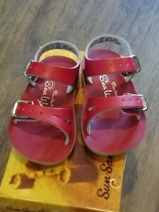 New Sun-San Salt Water Sandals,water safe Sea Wee style, red infant 3,NWT