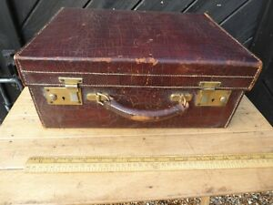 Good Quality Antique Crocodile Leather Suitcase in good used order 16 in x 12in.