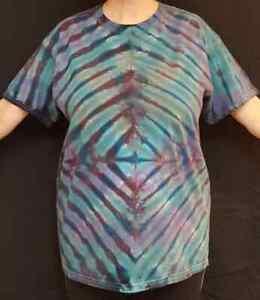 Handmade Unisex L Tie Dye T-Shirt Gildan Crew Short Sleeve 100% Cotton Blue