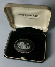 VINTAGE WEDGWOOD STERLING SILVER AND BLACK JASPERWARE OVAL CAMEO BROOCH Rare