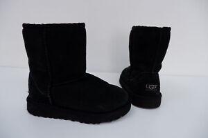 Ugg Girls Black Suede Boots, Uk 10 Infants, Eu28 Black Suede, VGC
