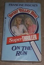 Sweet Valley High (Super Thriller) - On the Run