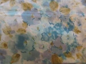 CANNON ROYAL FEATHERLITE BLUE FLORAL STANDARD PILLOWCASES VINTAGE
