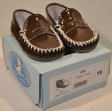 NIB: TINNY Baby Shoes made in Spain: Size 4 FREE SHIPPING-Brown Patent (6702)