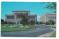 MAC ARTHUR SQUARE Court House Safety Buildings Milwaukee WISCONSIN Postcard WI