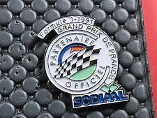 PINS PIN BADGE CAR F1 GP FRANCE SODIAAL