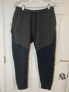 Nike Sportswear Tech Fleece Men's Joggers - Black/Gray, Size M