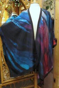 Cocoon House Silk Long Kimono Beautiful Oriental Art to Wear One Size fits all