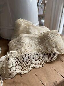 Vintage Lace/ Wedding Lace. Cream Floral Filet Lace/ Period Costume Dolls /360cm