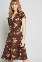 Modcloth Sentimental Burgundy Floral Shift Dress Size M NWOT