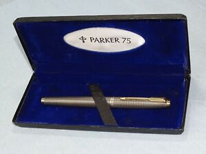 Parker 75 Sterling Silver Ciselé Fountain Pen Medium Nib & 9Ct Solid Gold Clip.