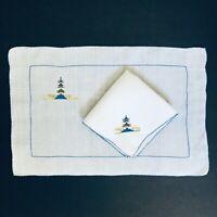 Vintage Linen Placemat & Napkin Set Japanese Pagoda Scene Blue & White