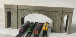 N GAUGE FOUR TRACK BRIDGE OVERPASS