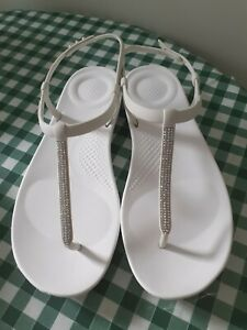 FITFLOPS UK 8 White Sandals Sparkle Toe-Post IQushion Adjustable Heel Strap