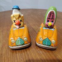 RARE VINTAGE LOUIS MARX TIN LITHO FRICTION BANANA AND MELON MAN IN CARS JAPAN