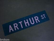 "Vintage ORIGINAL ARTHUR ST STREET SIGN 36"" X 9"" WHITE LETTERING ON GREEN"