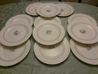 VTG Wedgwood china in moonstone salmon and gold trim flowers Dinner Plates 10