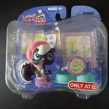 Littlest Pet Shop NEW Sweet and Neet Black and White skunk #306