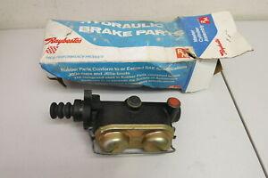 Nos Raybestos Brake Master Cylinder fit 67-74 Dodge Fargo (MC36258)