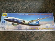 Zvezda 1/144 civil avion de ligne Boeing 787-8 Dreamliner très bon état très RARE