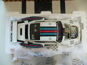 1/18 Exoto Porsche 935 Turbo  Martini #3 Sought after model . Le Mans .