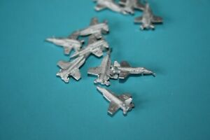 F18 Super Hornet fighter with fixed wings,  metal Bag of 10 1200/1250 scale
