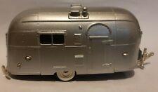 Brooklin 1953 Streamlined American Caravan - 1/43 scale