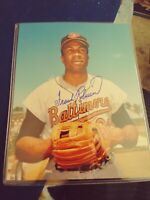 FRANK ROBINSON - 8X10 Autographed Photo  Orioles HOF **RIP** *