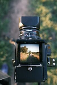 Hasselblad 500C/M film camera with Carl Zeiss T* 80mm f2.8 Lens, A12 back