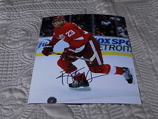 BRAD RICHARDS AUTOGRAPHED RED WINGS 8X10 PHOTO W/COA