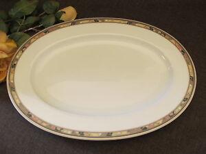 HUTSCHENREUTHER   GALLERIA  LEONARD PARIS BROCADE  ovale Platte  39 cm x 28 cm