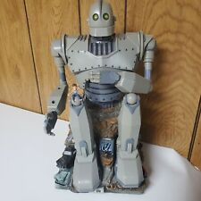 """Vintage 1999 Warner Bros The Iron Giant Animated Bank 12"""" Trend masters Movie"""