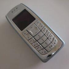 Téléphone mobile NOKIA 3120 avec chargeur