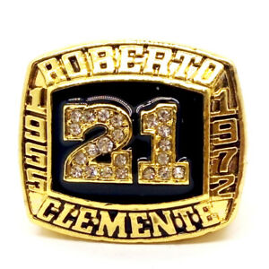 ROBERTO CLEMENTE 1955-1972 MLB Championship rings