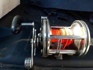 Vintage Shakespeare SeaWonder LevelWind 2155 Fishing Reel